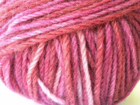 The Knittery merino cashmere sock yarn - DarkReds
