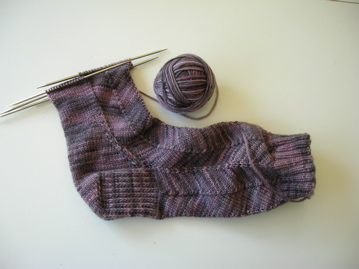 Jaywalker sock, The Knittery merino/cashmere yarn