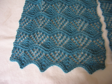 20090121threesistersscarf3