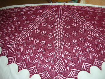 Semi-circular shawl