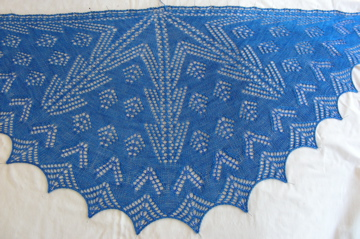 Blue shawlette blocking