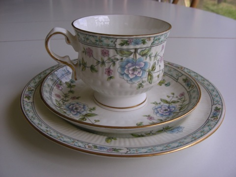 Hitkari tea setting