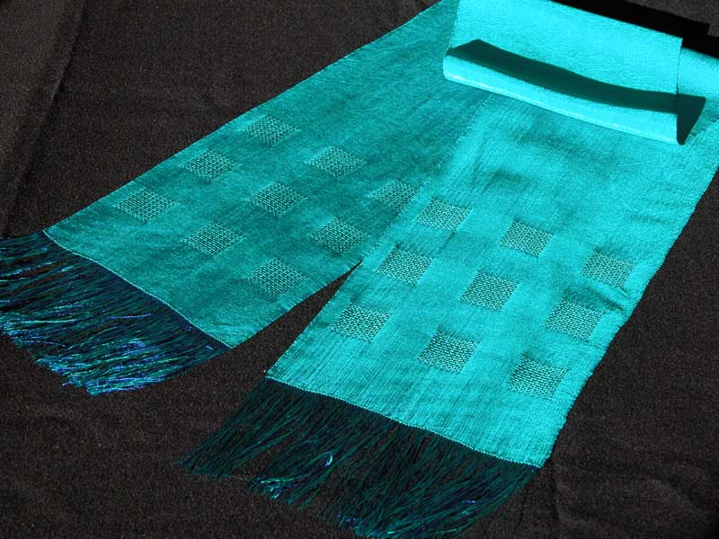 huck lace scarf in fine rayon