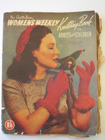 Australian Womens Weekly vintage knitting patternbook